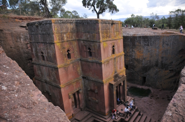 Lalibela-Church01