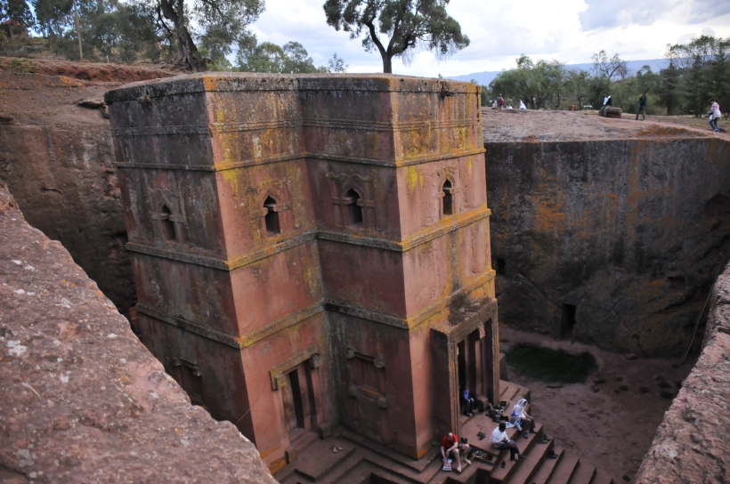 Lalibela-Church01